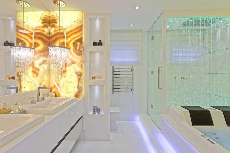 Arquiteto Aquiles Nícolas Kílaris - Apartamento Golden - banho master