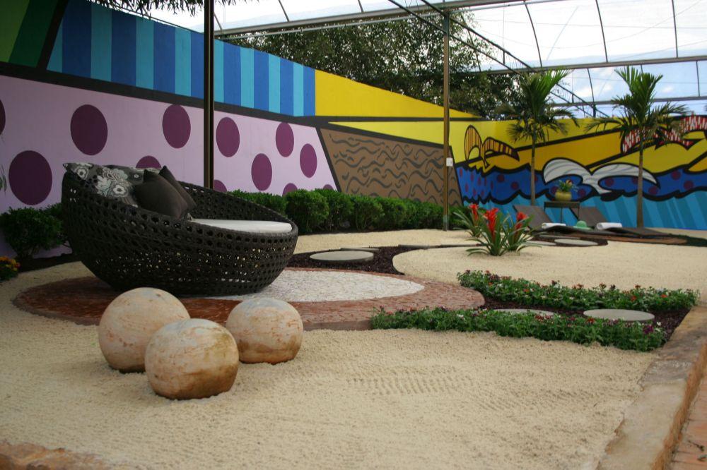Iara Kílaris - Jardim Pop Arte