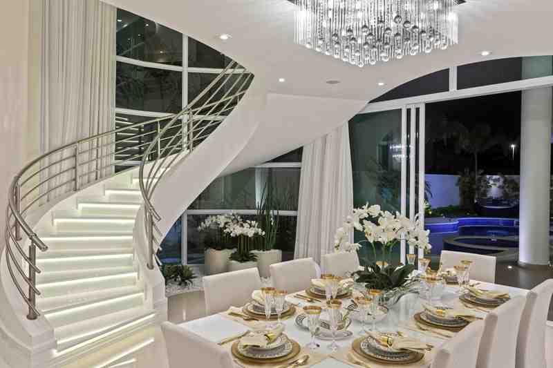 Arquiteto Aquiles Nícolas Kílaris - Casa Mont Blanc - escada
