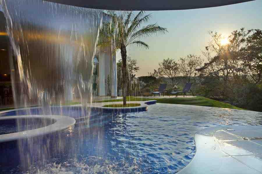 Arquiteto Aquiles Nícolas Kílaris - Casa Refúgio da Mata - piscina