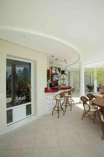 Arquiteto Aquiles Nícolas Kílaris - Casa Swiss Parque II - varanda