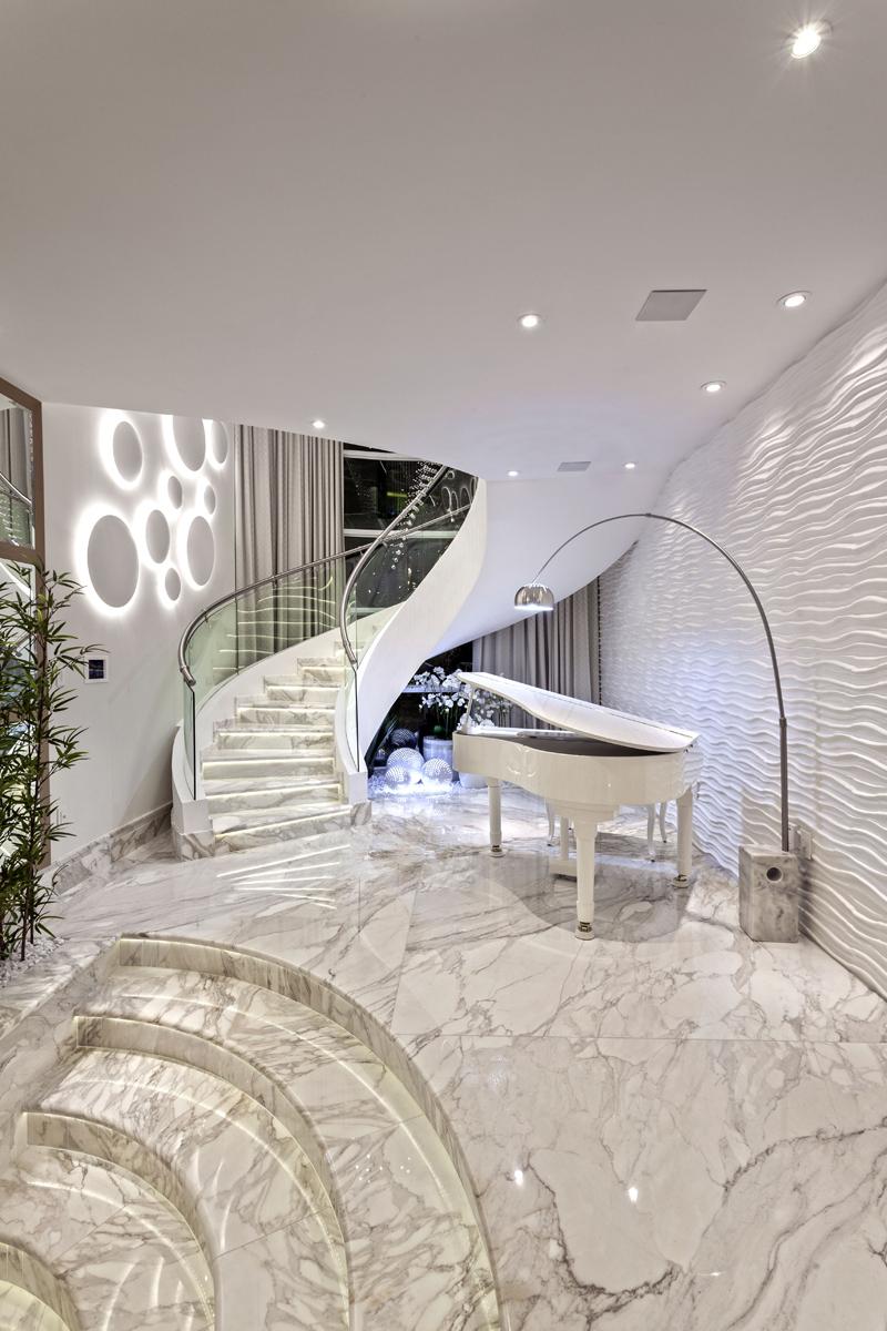 Aquiles Nícolas Kílaris - Casa Real - Escada piano.jpg