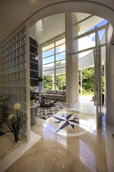 Aquiles Nícolas Kílaris - Casa Beverly Hills - living