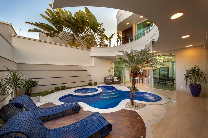 Aquiles Nícolas Kílaris - Casa Diamante piscina 2